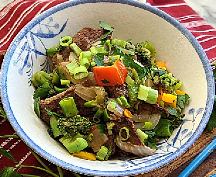 A bowl of Gluten-Free Peppercorn Beef & Vegetables