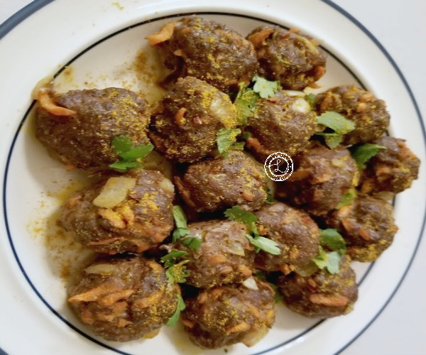 Cooked Meatballs on a plate