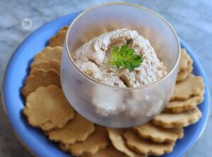 Onion Dip Surrounded by crackers